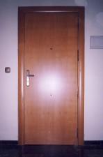 Forrado interior de puerta blindada con tap