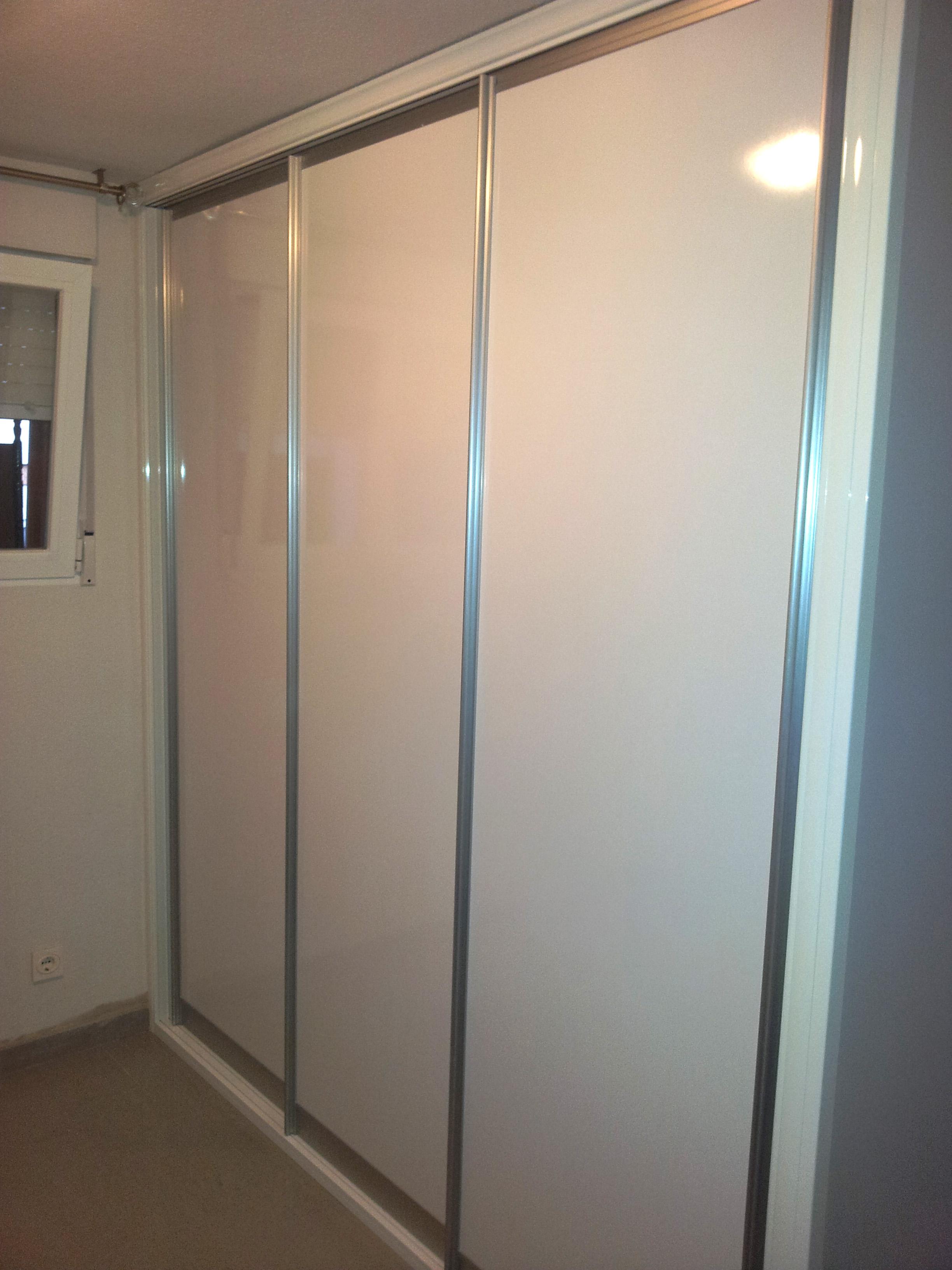 Una empresa de vanguardia en armarios y vestidores for Aplicacion para disenar armarios